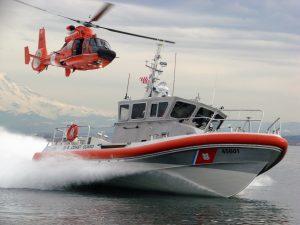 coast-guard-helo-vessel